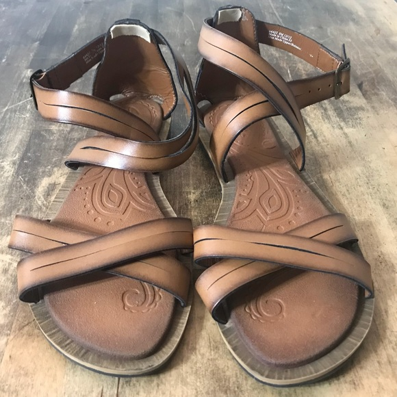 2e6ebfce60af29 Clarks Shoes - Clarks strappy flat sandals brown tan